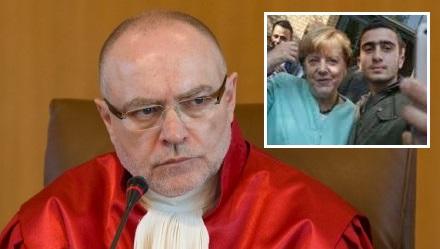 Gutachten über Merkel ?!?! Will es denn niemand verwenden?